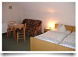 gut ausgestattete Hotelzimmer